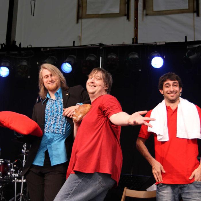 Schauspielkollegen von Benjamin Stoll beim Improtheater
